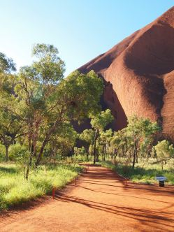 Ayers Rock 11