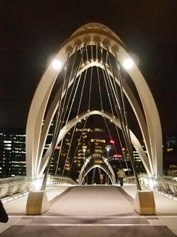 Melbourne 27